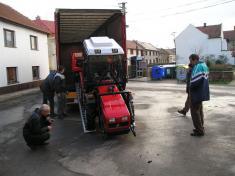 Předání traktoru 2008