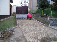 Školka schody